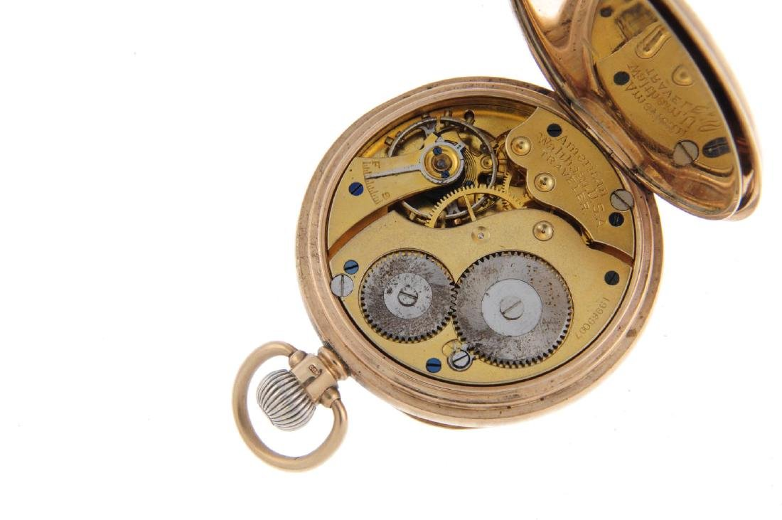 An open face pocket watch by Waltham. 9ct yellow gold - 3
