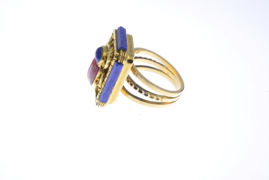 A lapis lazuli and rhodochrosite dress ring. Designed - 2