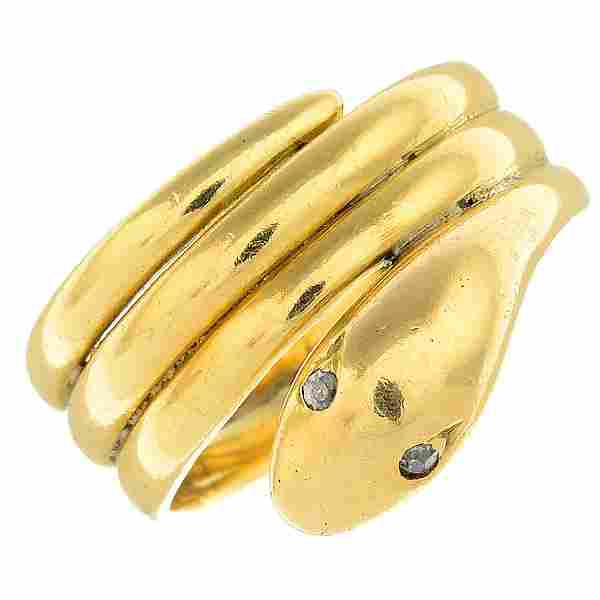 A late Victorian 18ct gold diamond ring. Designed as a