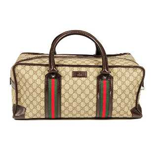 a7955e32804 GUCCI - a Supreme holdall travel bag. Featuring GG