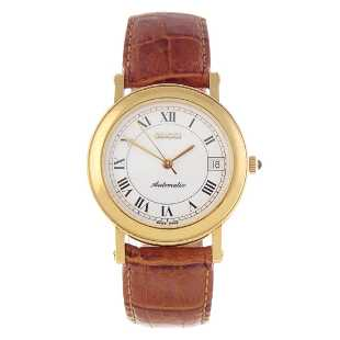 ae94054fee5 GUCCI - a gentleman s 7200 wrist watch. Gold plated