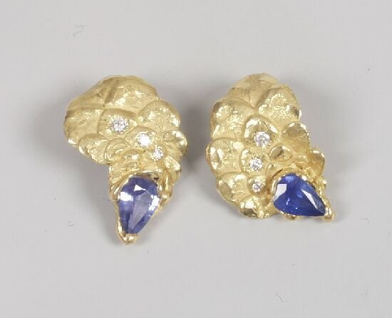 1023: GREGOR NUSSBERGER - a pair of sapphire