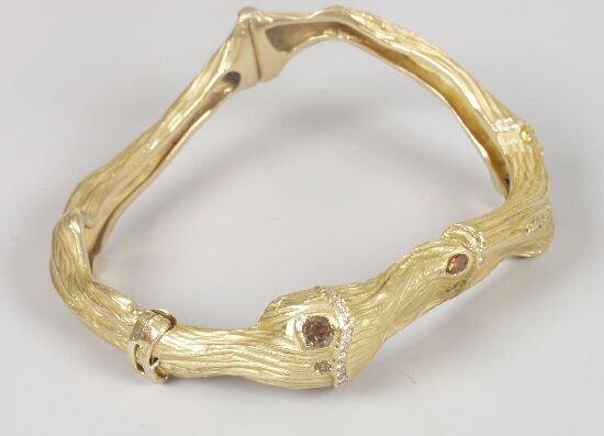 1024: GREGOR NUSSBERGER - an 18ct gold diamon