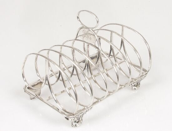 2010: A Victorian six division toast rack wit