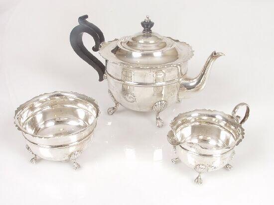 2020: A silver three-piece tea service with f