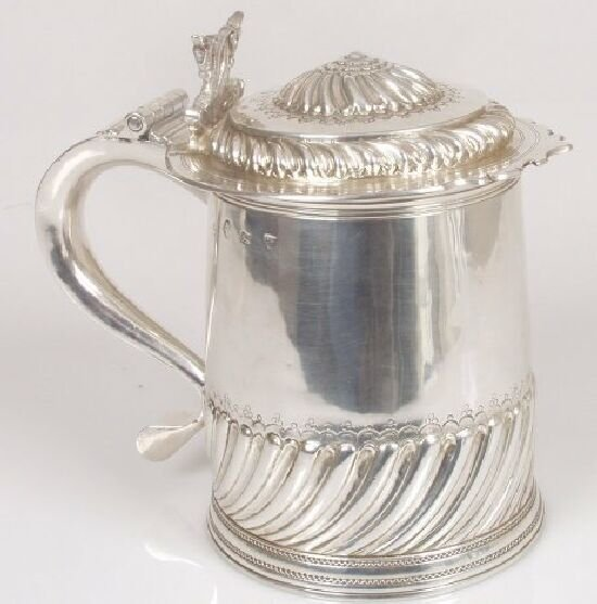 2096: A William and Mary tankard of slightly
