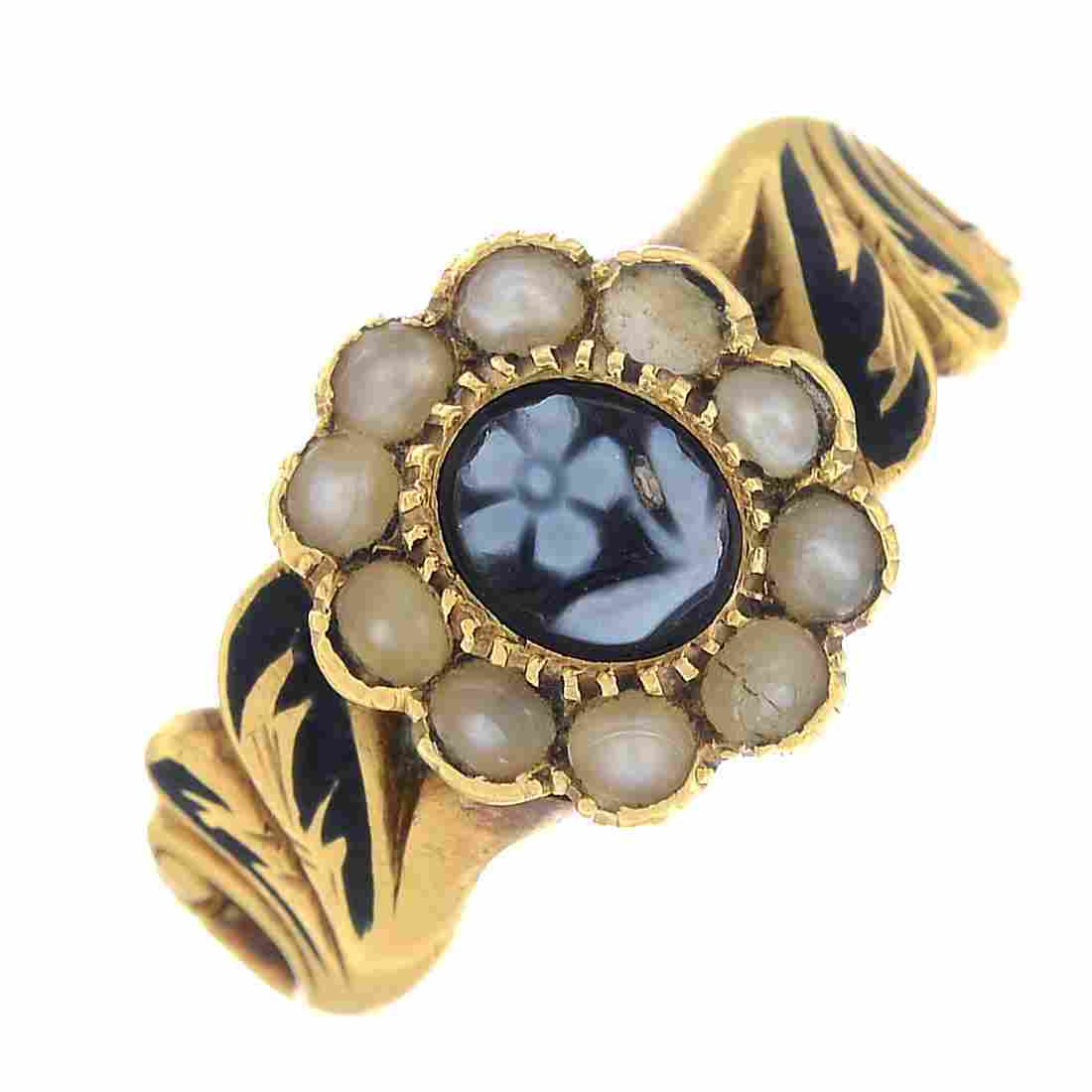 A late Victorian 18ct gold agate, split pearl and