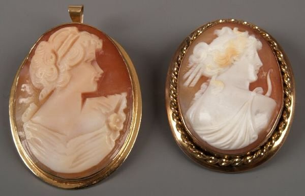 5: 9ct gold oval framed cameo of Diana (the huntress),