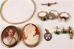 627: A lot consisting of various items of jewellery to
