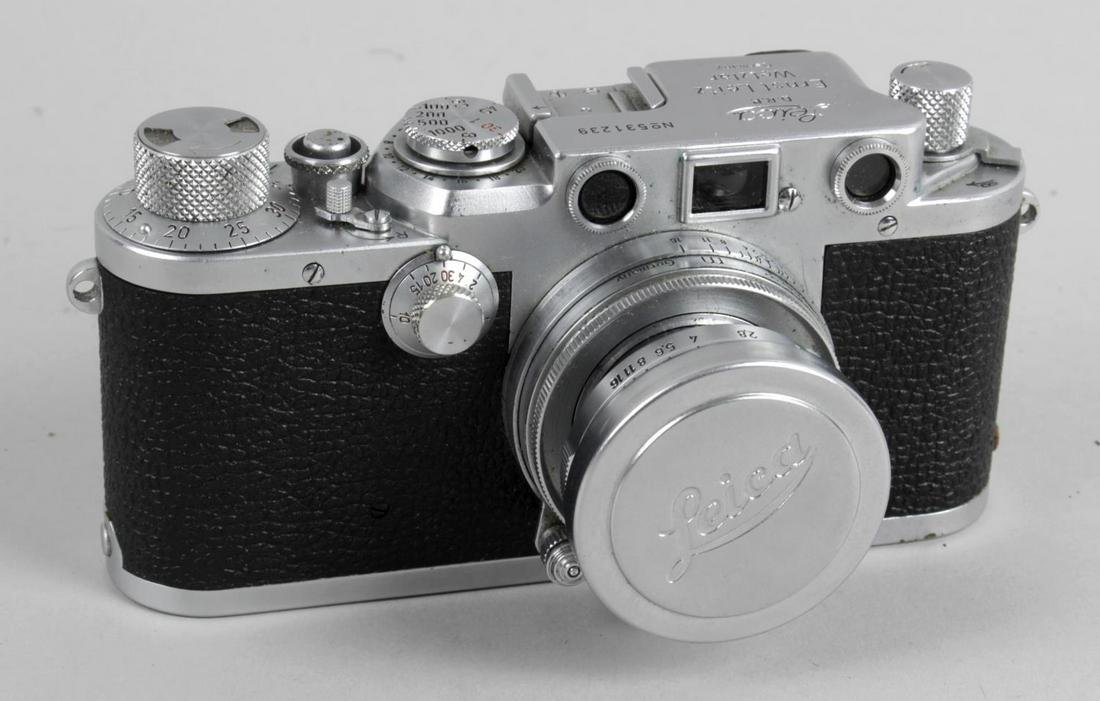 A Leica model IIIF vintage rangefinder camera body,