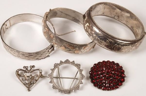 791: A collection of jewellery, to include three silver