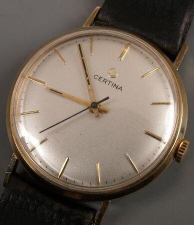 1019: CERTINA - 9ct gold gentleman's manual wind watch