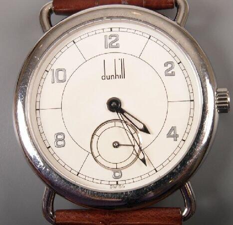 1021: DUNHILL - a gentleman's recent steel cased quartz