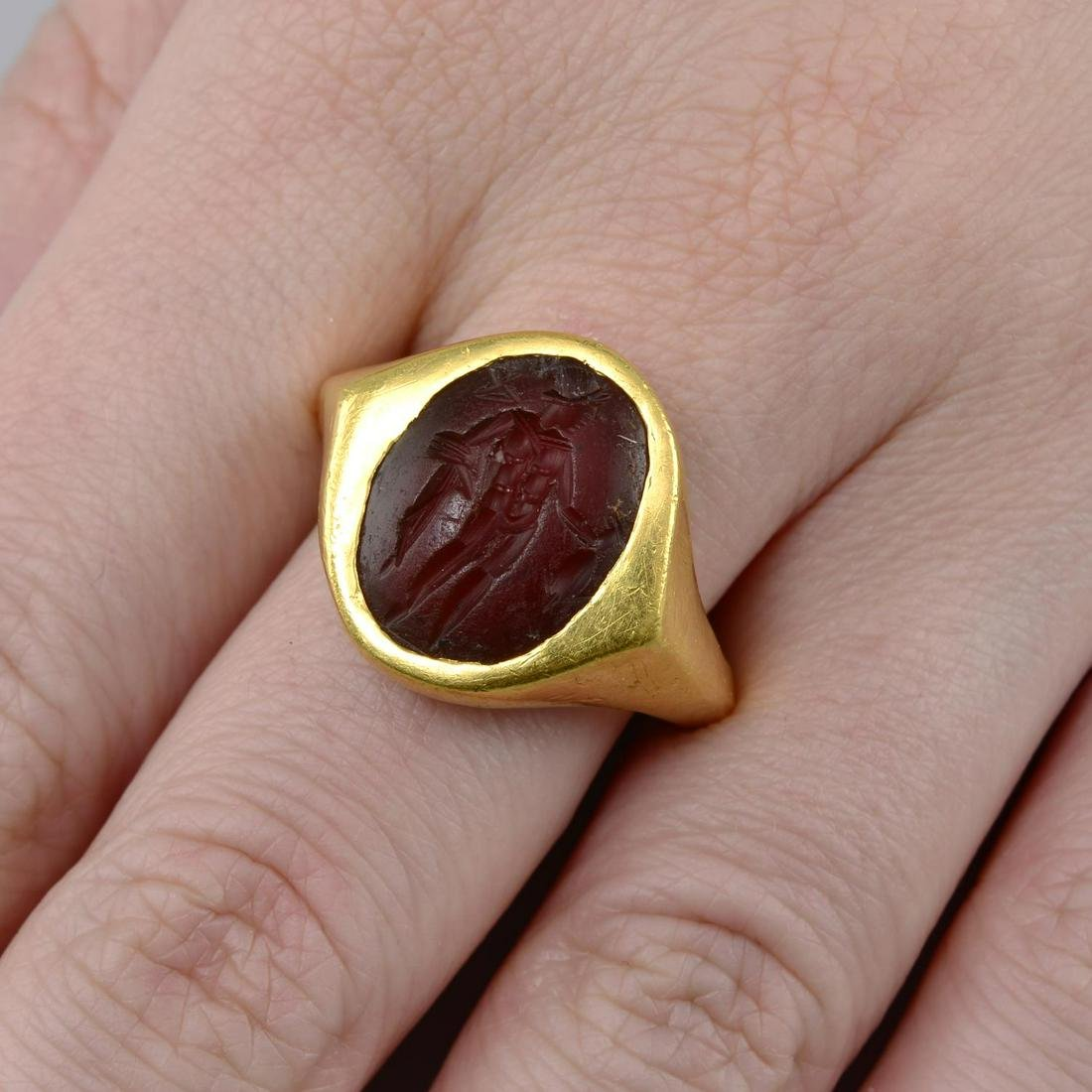 A Roman 1st Century BC carnelian intaglio ring.Ring