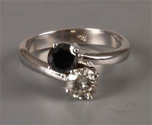 18ct gold sapphire and diamond two stone crossover r