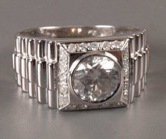 12: 18ct white gold Rolex style single stone diamond ri