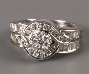18ct white gold diamond cluster ring with round cut
