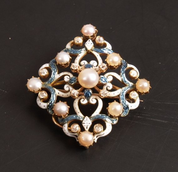 14: Diamond, enamel and pearl quatrefoil brooch, a cent