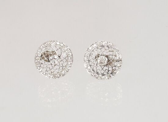 1002: Edwardian all diamond circular earstuds