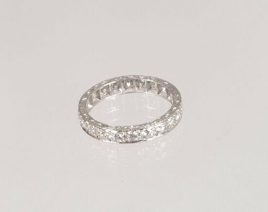 1019: An all diamond full eternity ring in wh