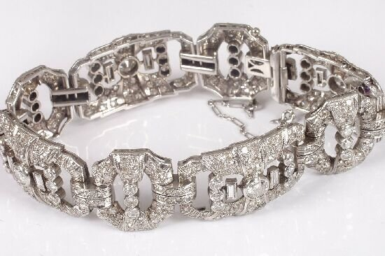1194: An early to mid 20th century diamond br