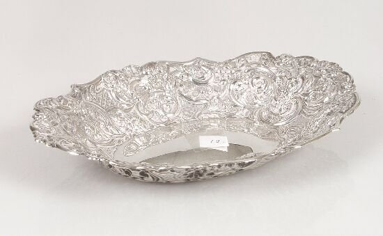 2007: A Victorian oval dish with fancy emboss