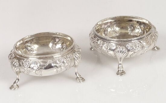 2008: A pair of early Victorian open salts, e