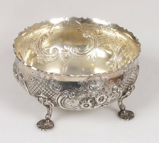 2018: A Victorian sweetmeat dish, with emboss