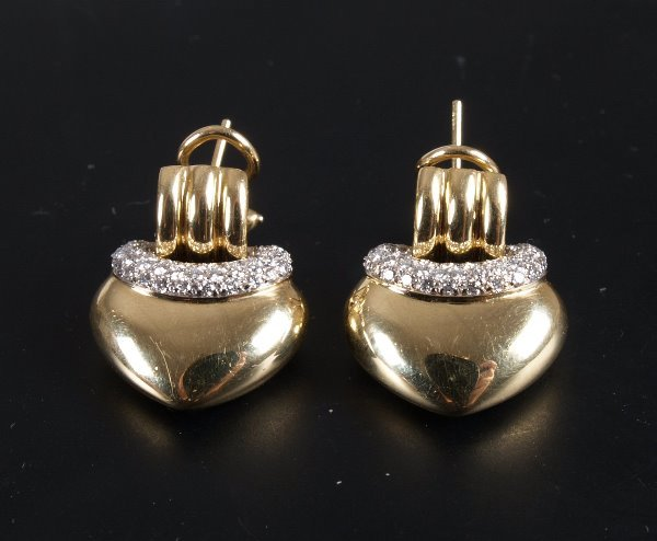 12: Pair of 18ct gold heart shape dropper earrings with