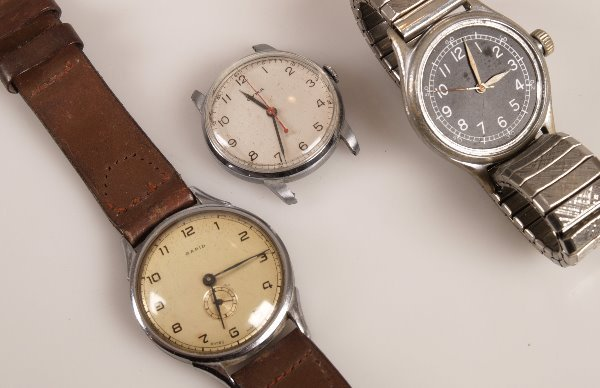 2135: CYMA - a stainless steel military watch with Arab
