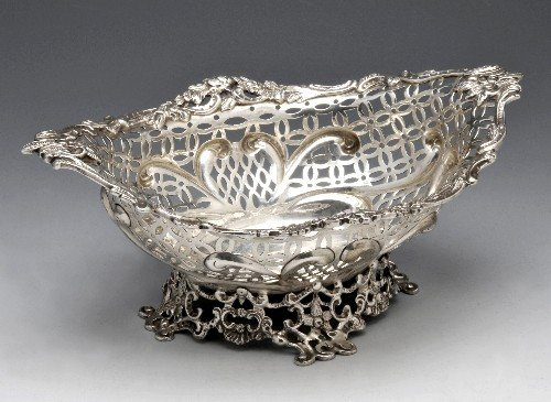 17: A Victorian silver pierced dish.