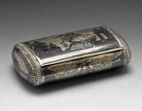 621: Russian silver snuff box.