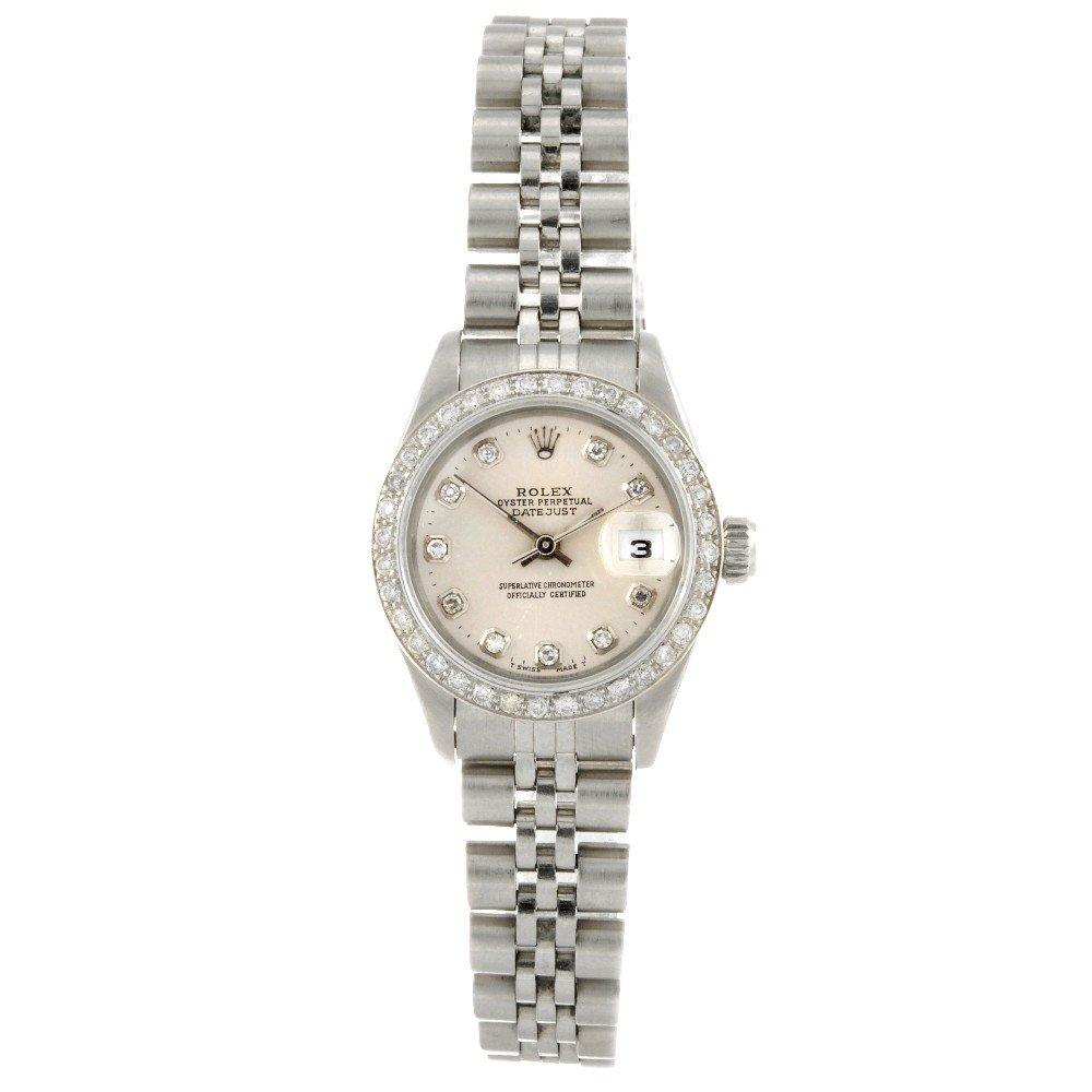 176: ROLEX - a stainless steel automatic lady's Oyster