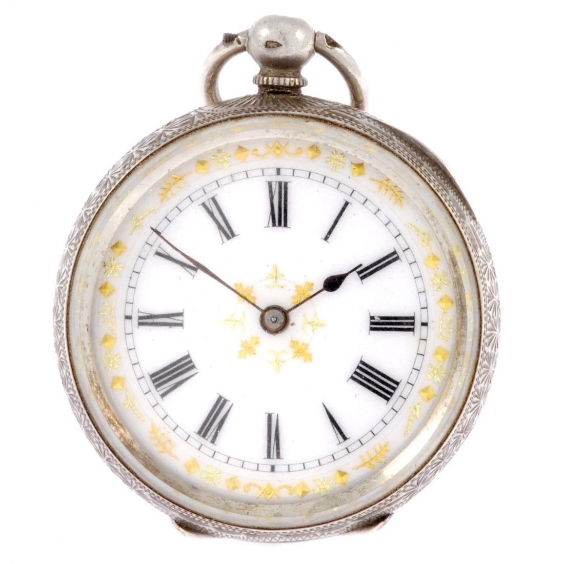 33: Silver Victorian