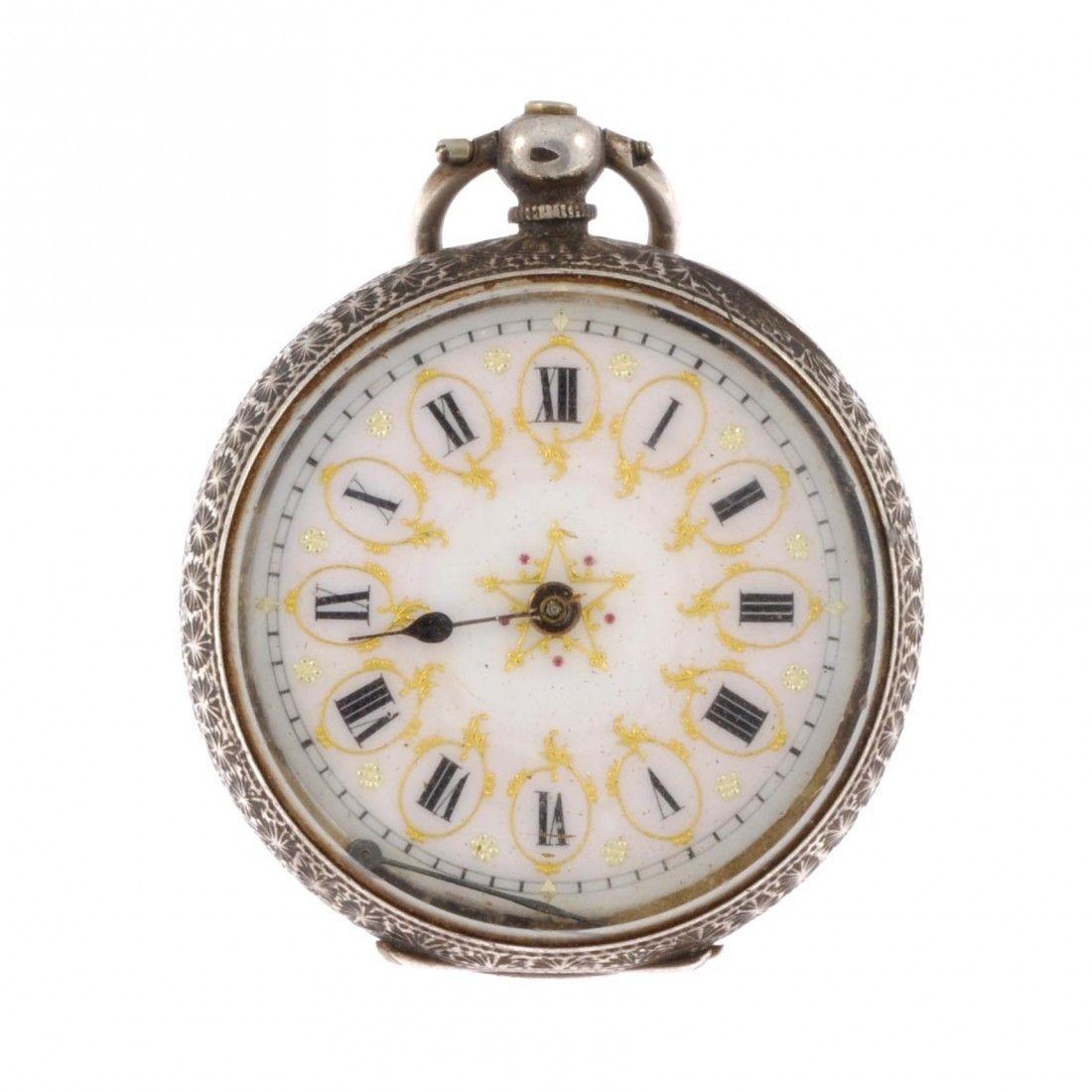102: Silver Victorian