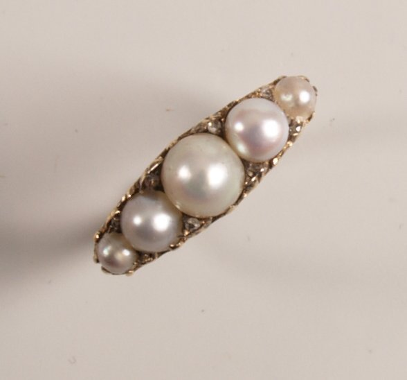 1015:  Edwardian 18ct gold cultured pearl and diamond p