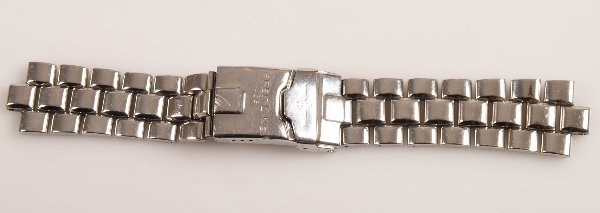 3007:  BREITLING - a gentleman's stainless steel profes
