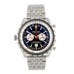 10: A stainless steel automatic gentleman's Breitling N