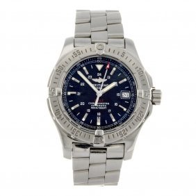 12: A stainless steel automatic gentleman's Breitling C