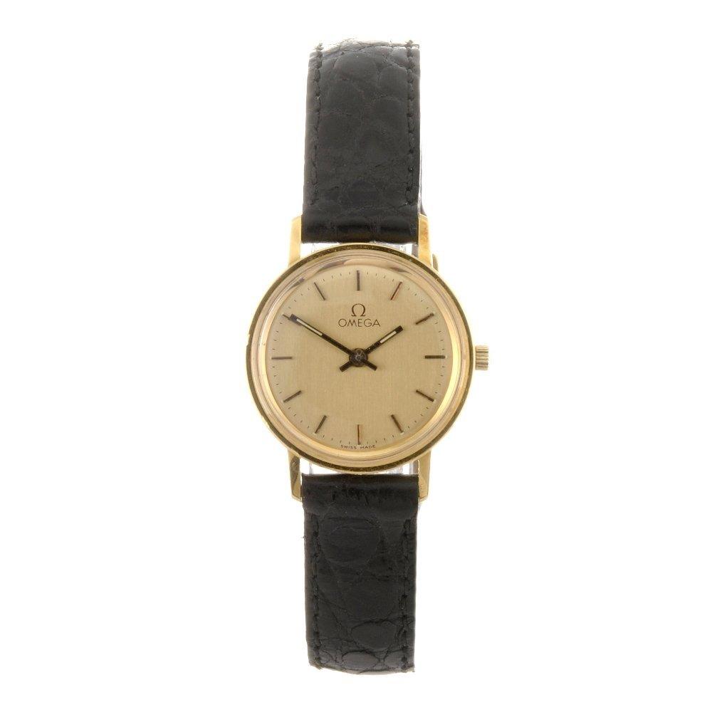 48: An 18k gold quartz lady's Omega wrist watch.