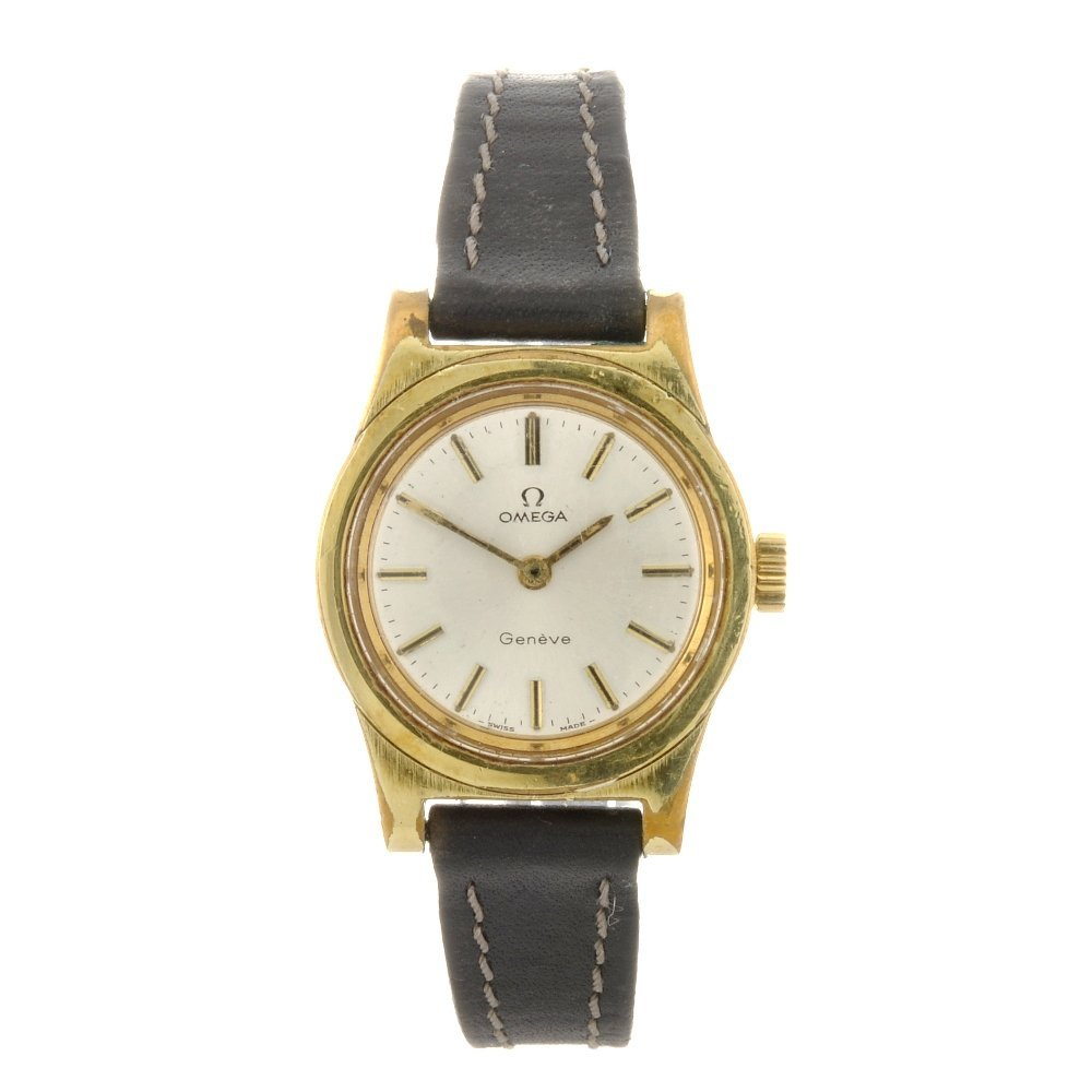 59: A gold plated lady's Omega Geneve wrist watch.