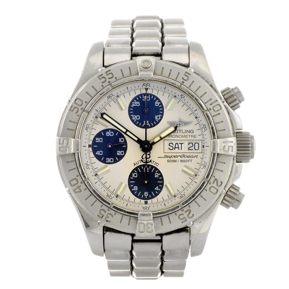 7: (119174525) A stainless steel automatic chronograph