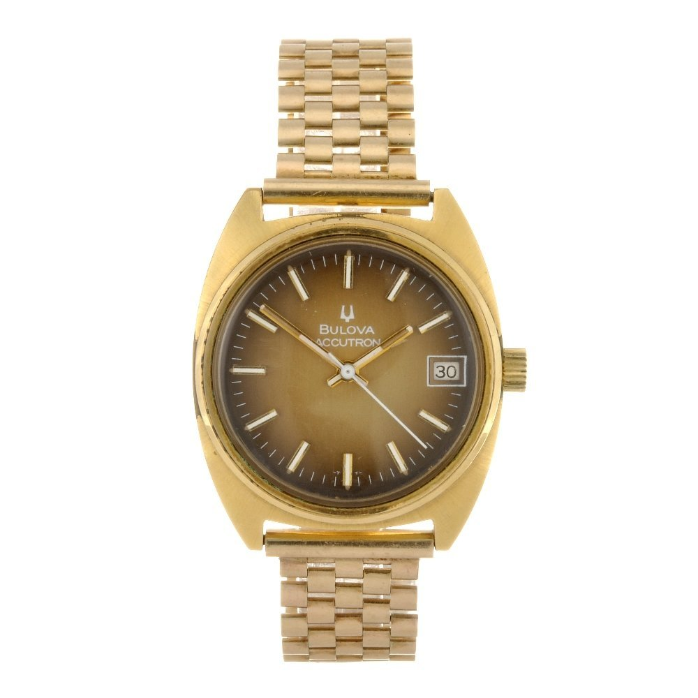17: (043528) A gold plated electronic gentleman's Bulov