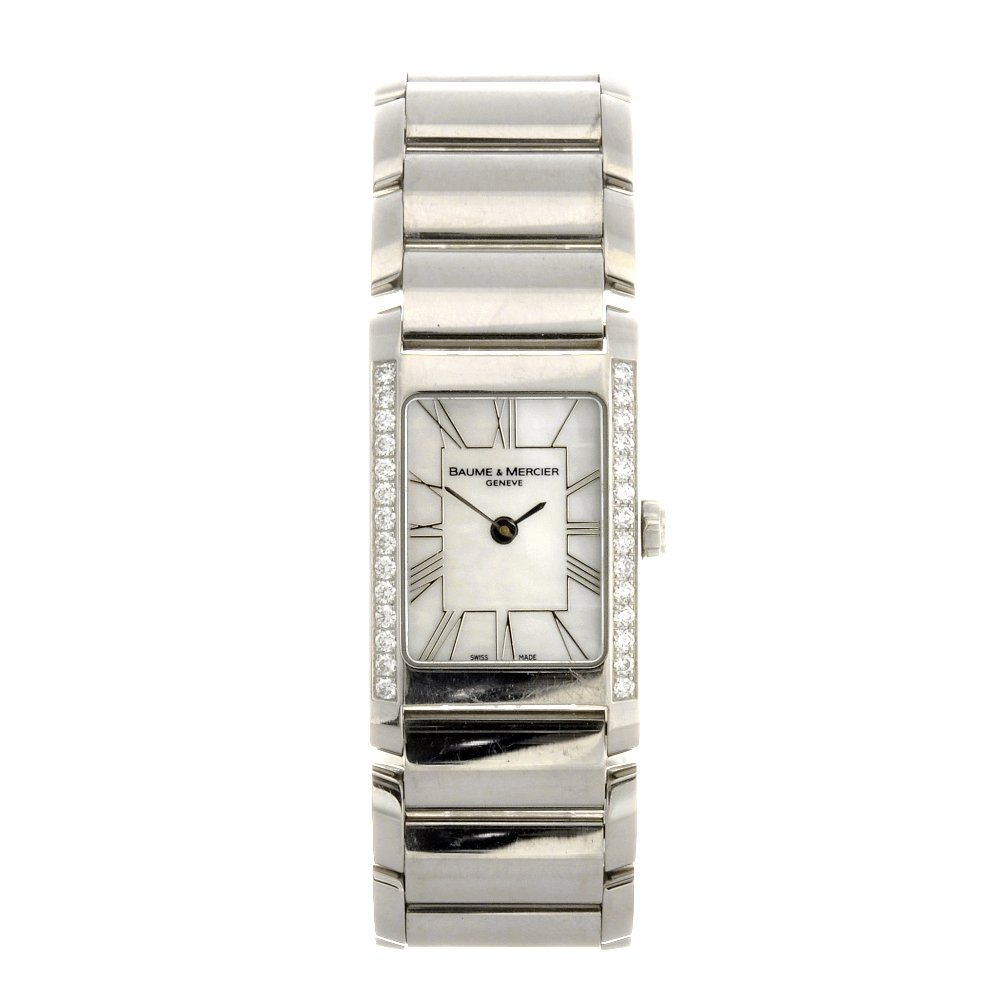 2: (116186108)  A stainless steel quartz lady's Baume &