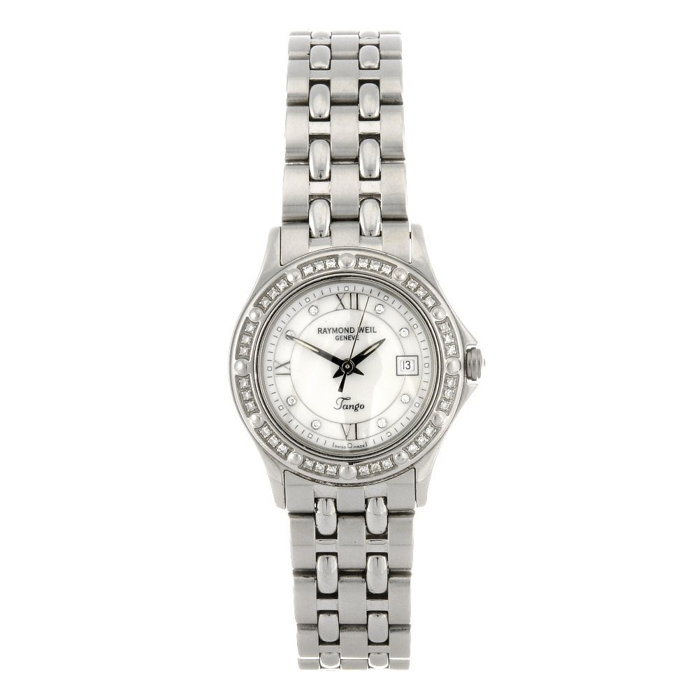 122: (116186160)  A stainless steel quartz lady's Raymo