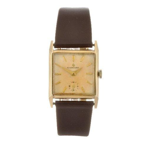 14: A 9ct gold manual wind gentleman's Garrard wrist wa