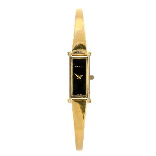 22: A gold plated quartz lady's Gucci 1500L bracelet wa