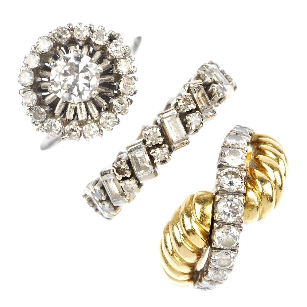 3: (117553-2-A) A selection of three gold diamond rings