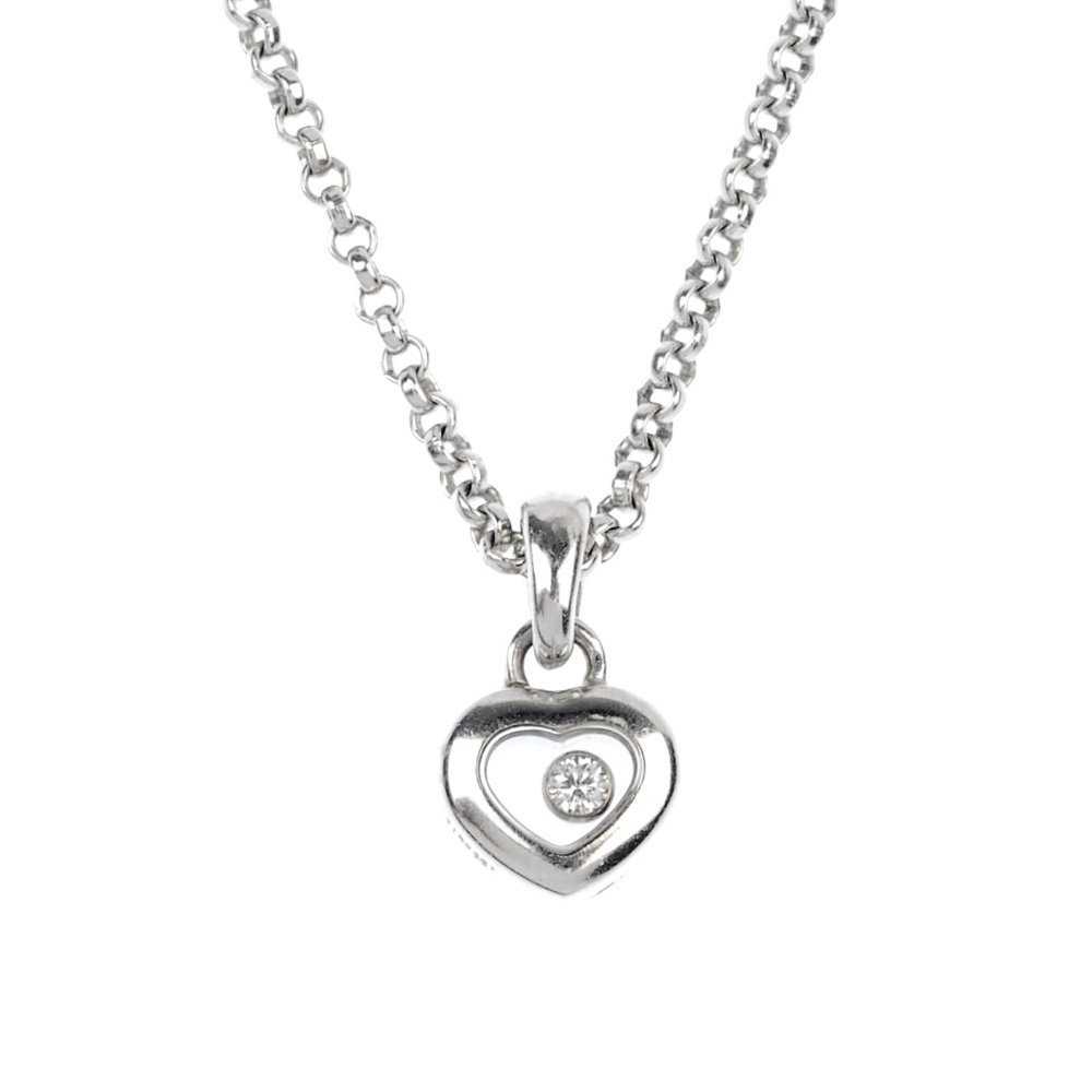 21: (118586-1-A) A Chopard diamond pendant with case.