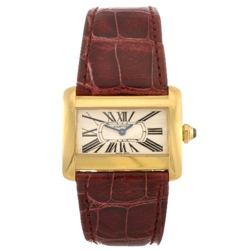 18: (122080638) An 18k gold quartz Cartier Tank Divan w